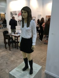 "Stephan Balkenhol, ""Woman with miniskirt"", 2016. En ZONA MACO"